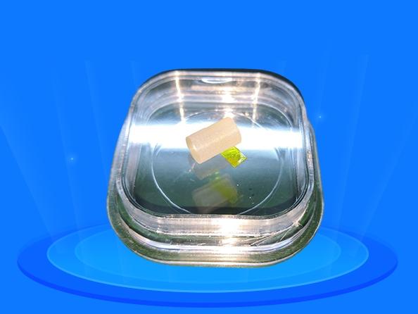 铽镓石榴石(Tb3Ga5O12, TGG)晶体